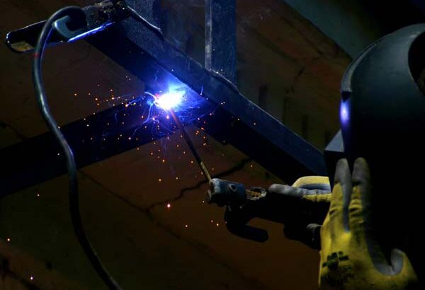 Inverter-welding-machine